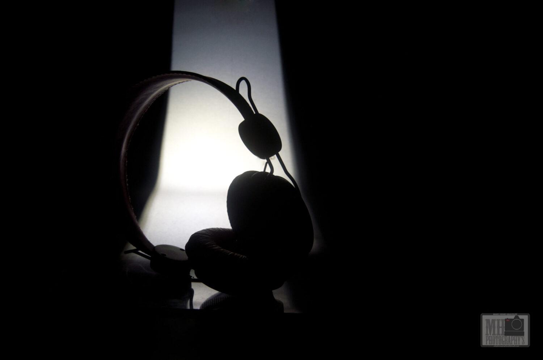 ombre d'un casque audio